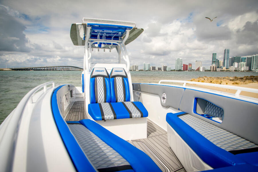 Comfortable Forward Seating: <p>Add bow seating and soak up the rays on deck with a choice of colors and patterns to suit your style.</p>